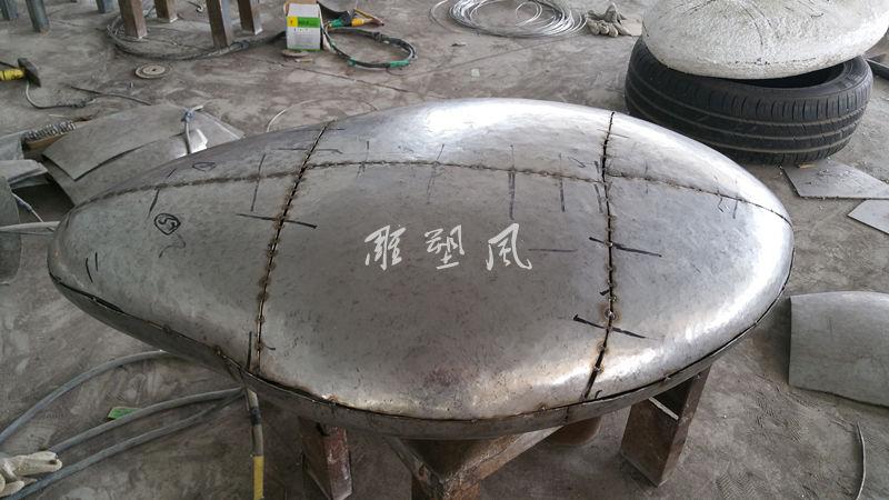不锈钢雕塑蛋组装