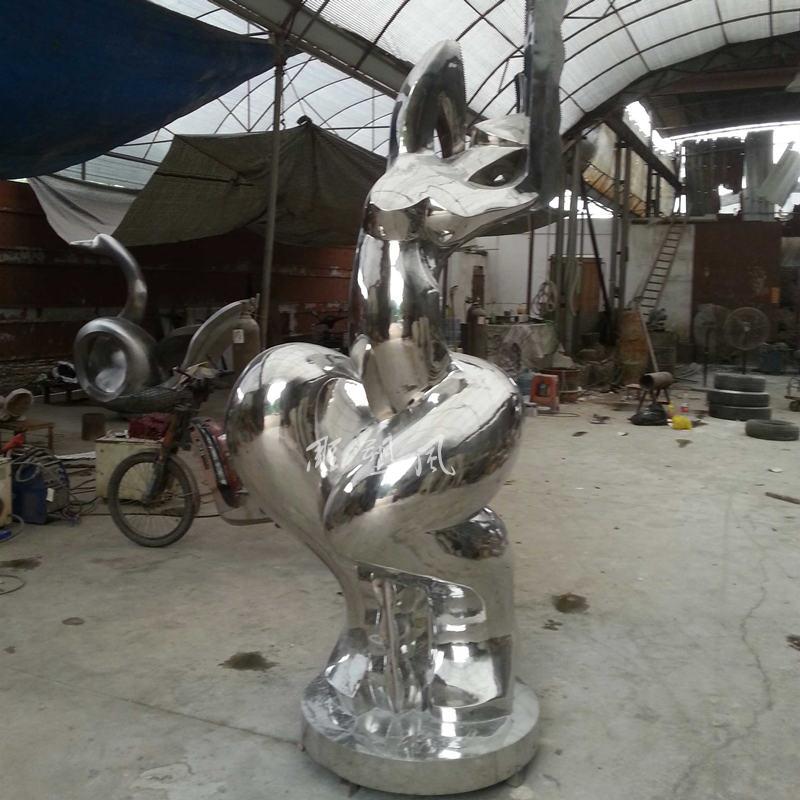不锈钢美女雕塑打磨抛光