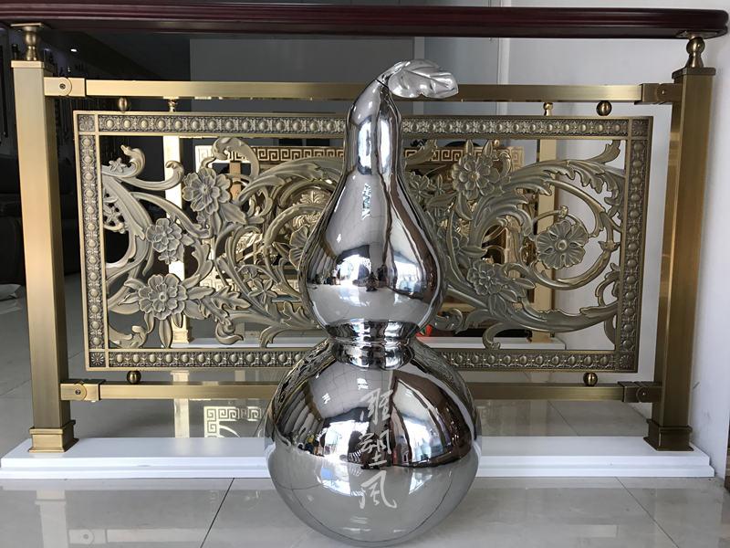 镜面不锈钢葫芦雕塑