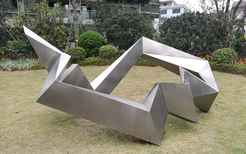 雕塑艺术的美