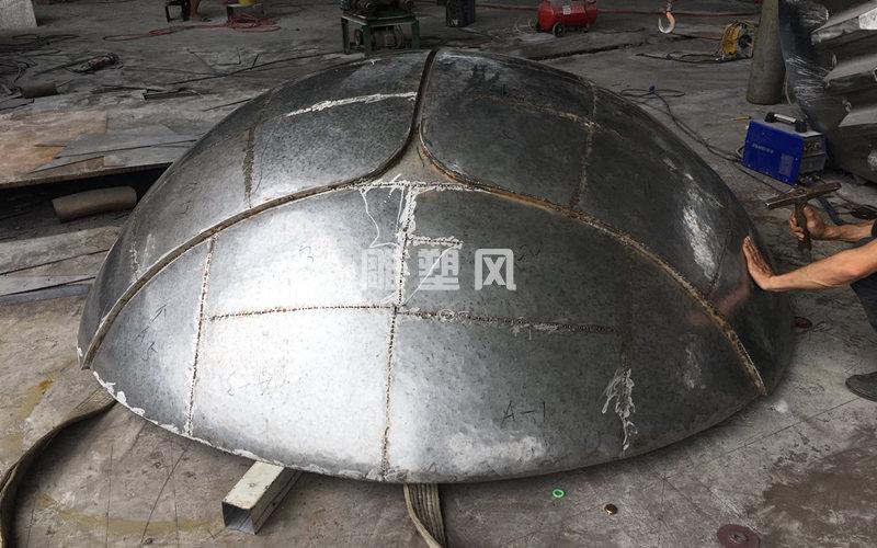 不锈钢瓢虫雕塑锻造