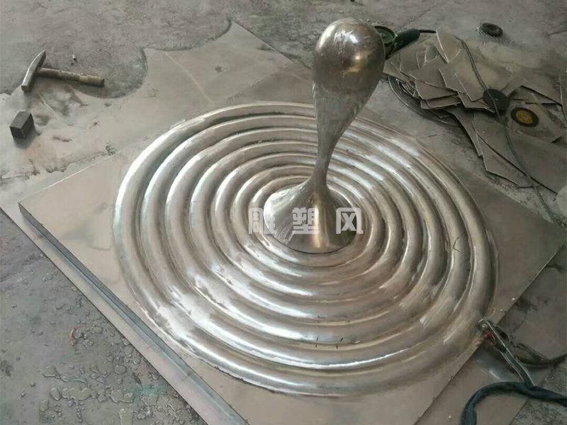 涟漪水滴不锈钢造型