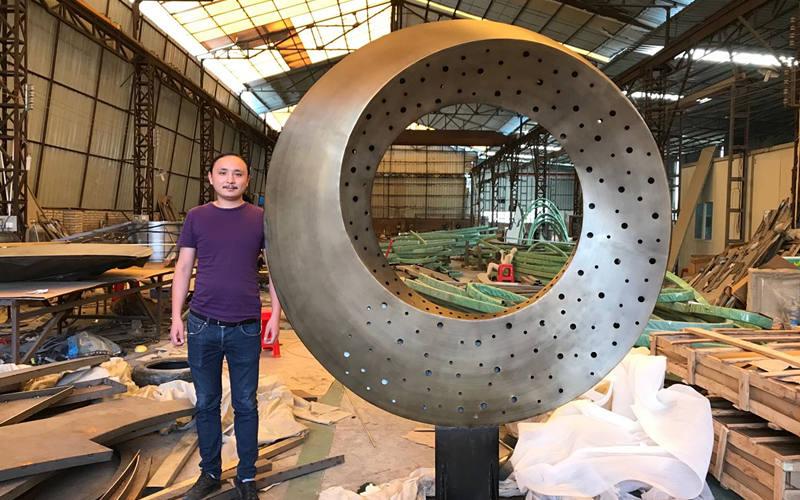 房地产主题不锈钢雕塑制作流程