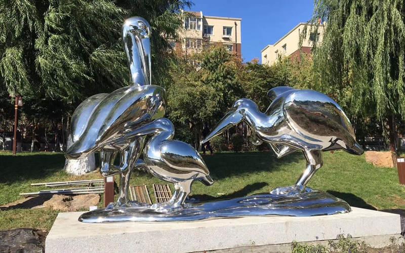 不锈钢雕塑之美乃形之美