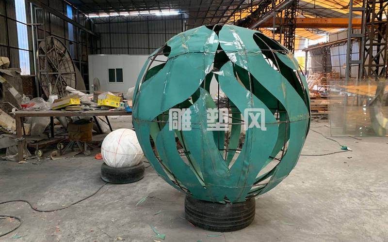 镜面不锈钢圆球_出口美国纽约圆球雕塑