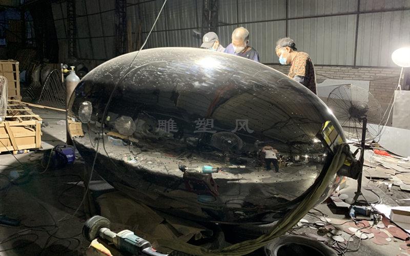 不锈钢镂空球表面抛光镜面