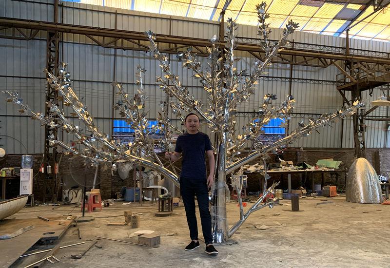 不锈钢树雕塑造型