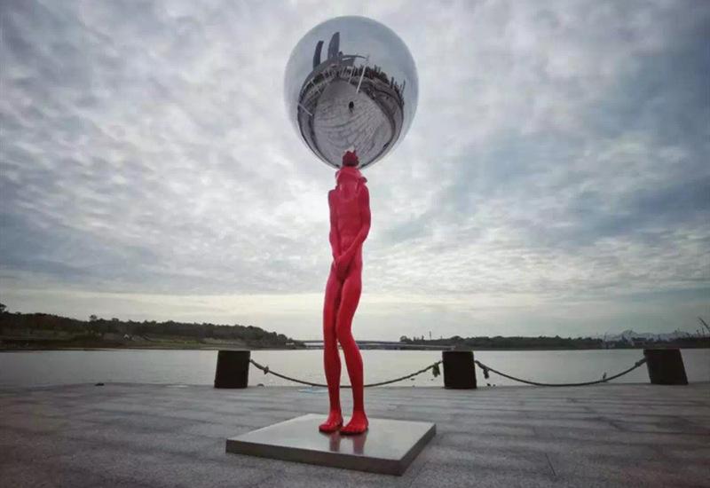 不锈钢抽象雕塑之平衡之巅